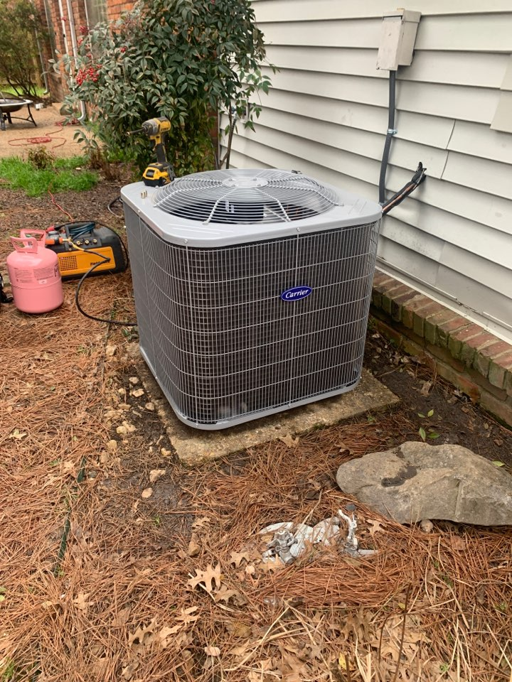 Germantown, TN - Installing new heat pump and air conditioner