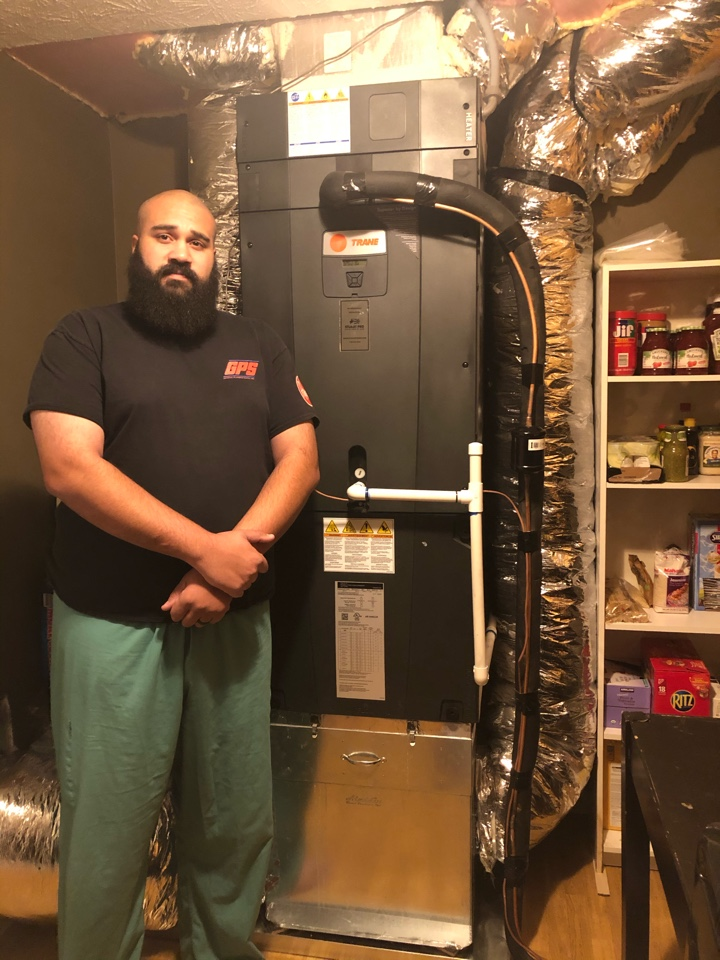 Dacula, GA - Following up on a satisfied customer with a brand new XV18 variable speed heat pump. Great system! Great installation! Great customer!