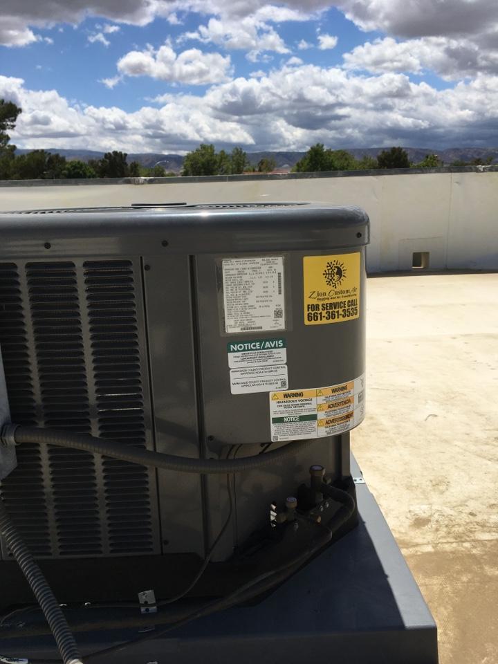 Lancaster, CA - Ruud Commercial air conditioning repair