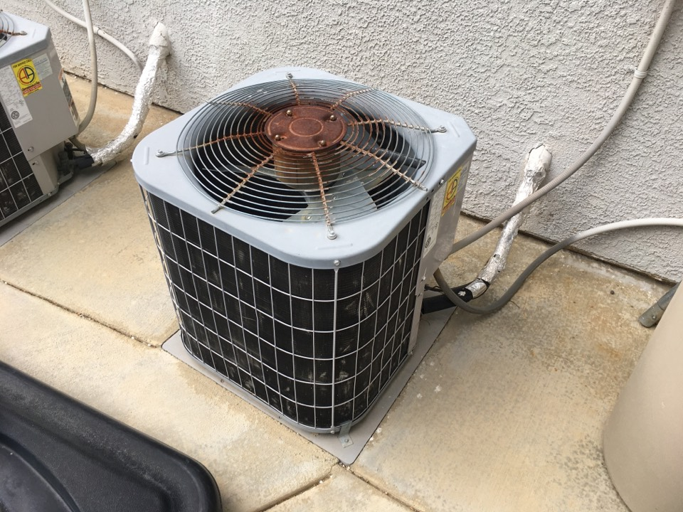 Palmdale, CA - Carrier Air conditioning maintenance