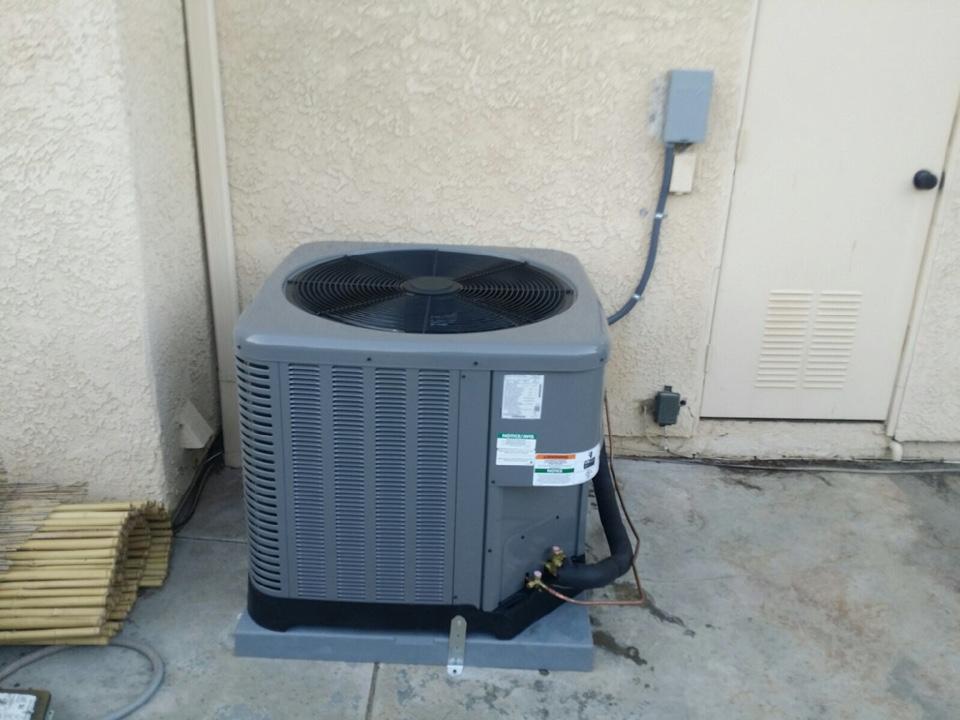 Santa Clarita, CA - Ruud Air Conditioning service