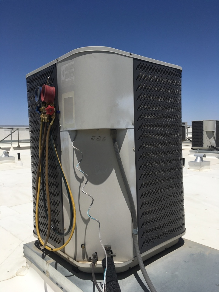 Lancaster, CA - Commercial air conditioning service