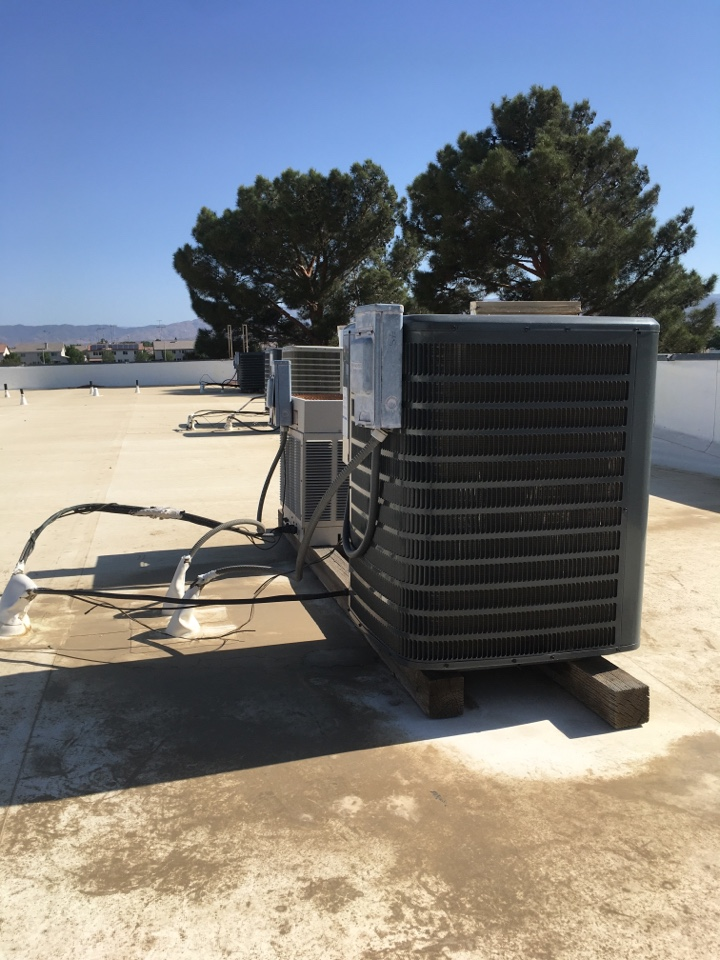 Lancaster, CA - Goodman air-conditioning service