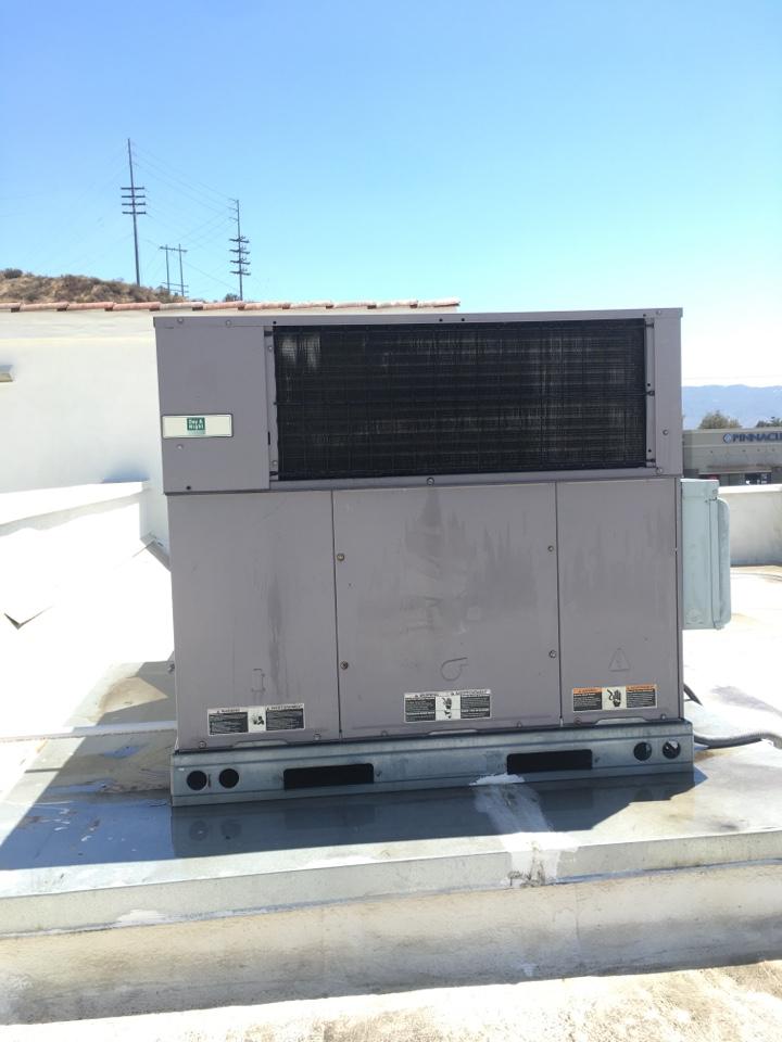 Santa Clarita, CA - Carrier Commercial AC service