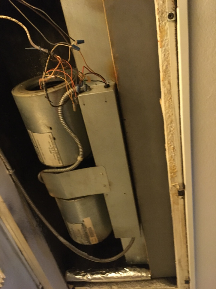 Lancaster, CA - Commercial Air conditioning repair