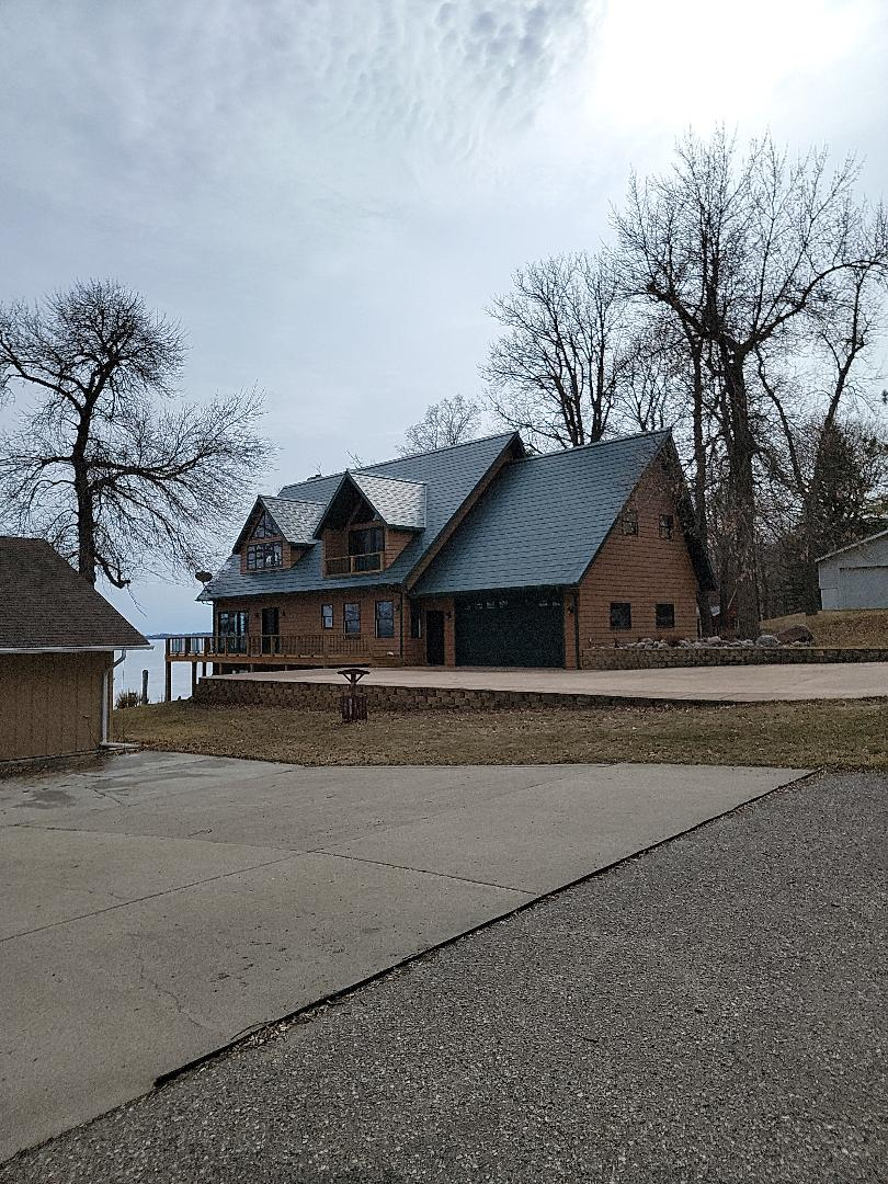 Lake Park, MN - Free roofing estimate