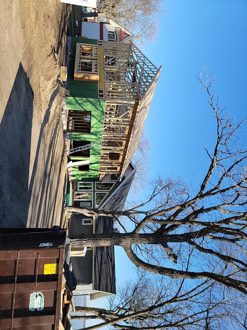 Detroit Lakes, MN - Watch as we side and roof the addition