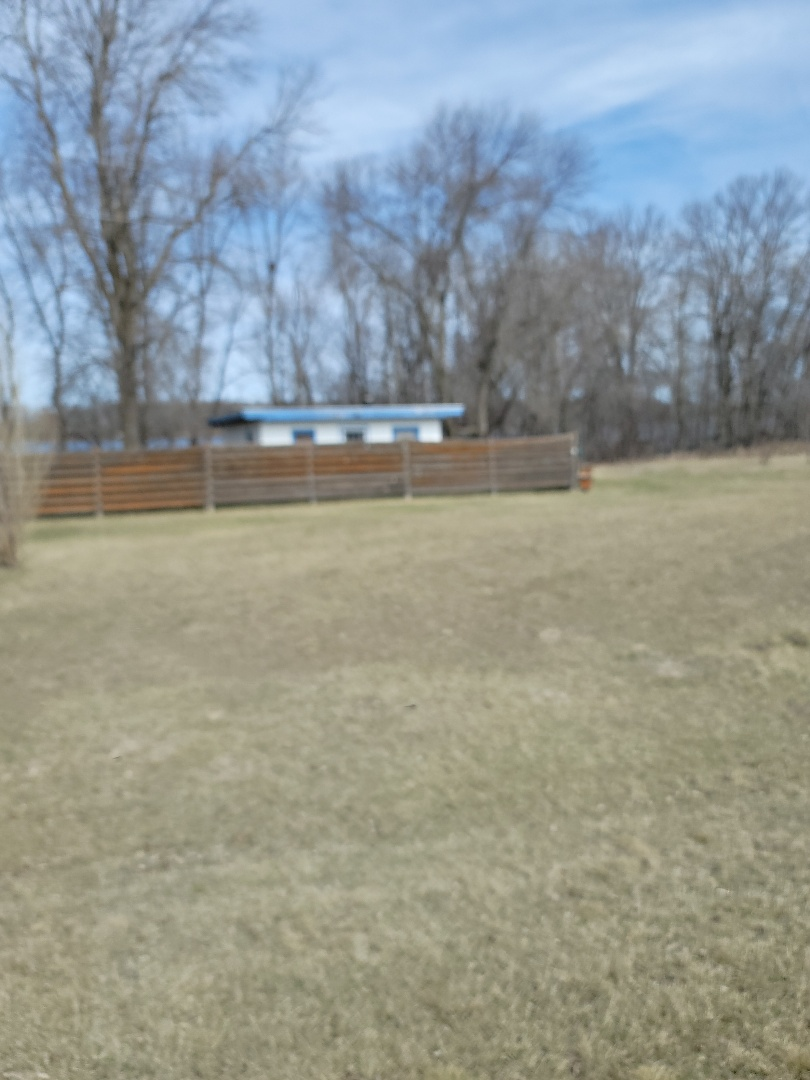 Pelican Rapids, MN - I'm providing a free estimate for vinyl replacement windows on a lake cabin
