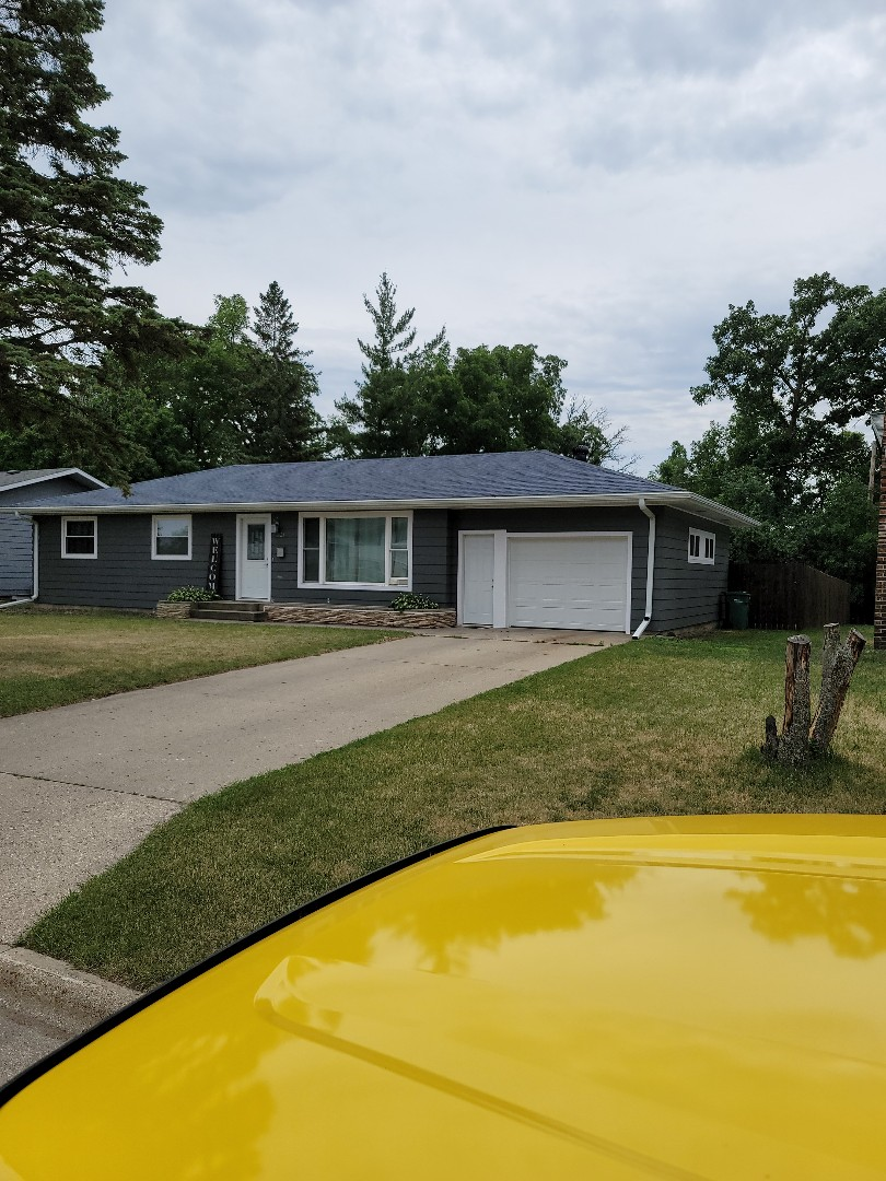 Detroit Lakes, MN - I am providing a free estimate for shingle roof replacement and vinyl window replacement