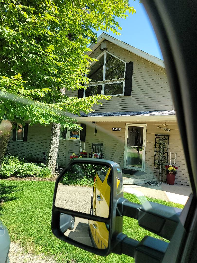 Detroit Lakes, MN - Homeowner is excited to receive their new vinyl replacement windows