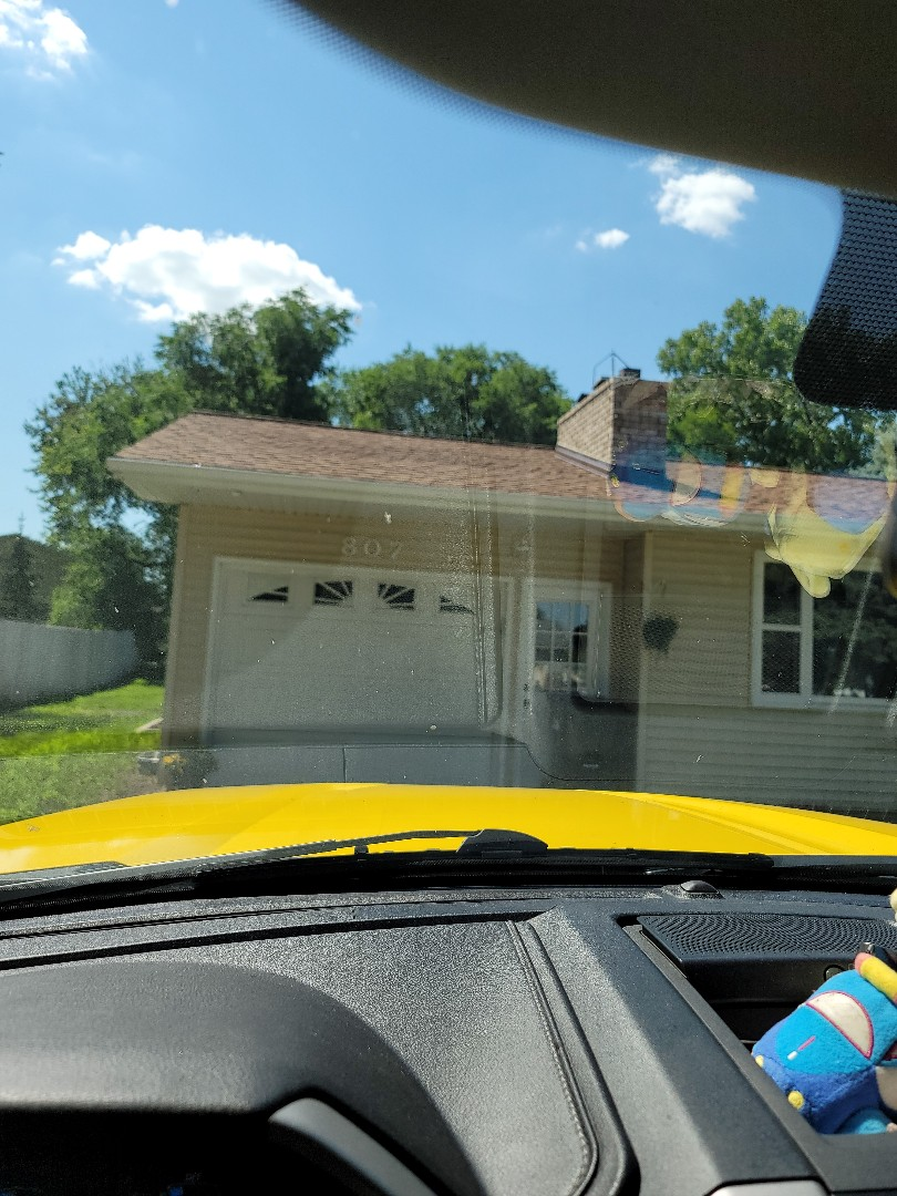 Hawley, MN - Free estimate for replacement shingle roof and vinyl replacement windows