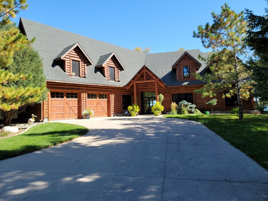 Detroit Lakes, MN - Free estimate for shingle roof replacement