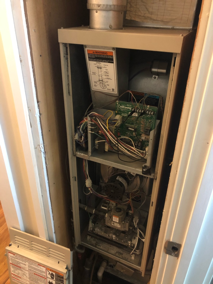 Boise, ID - Diagnosed a malfunctioning control board for a customer in the Boise area.