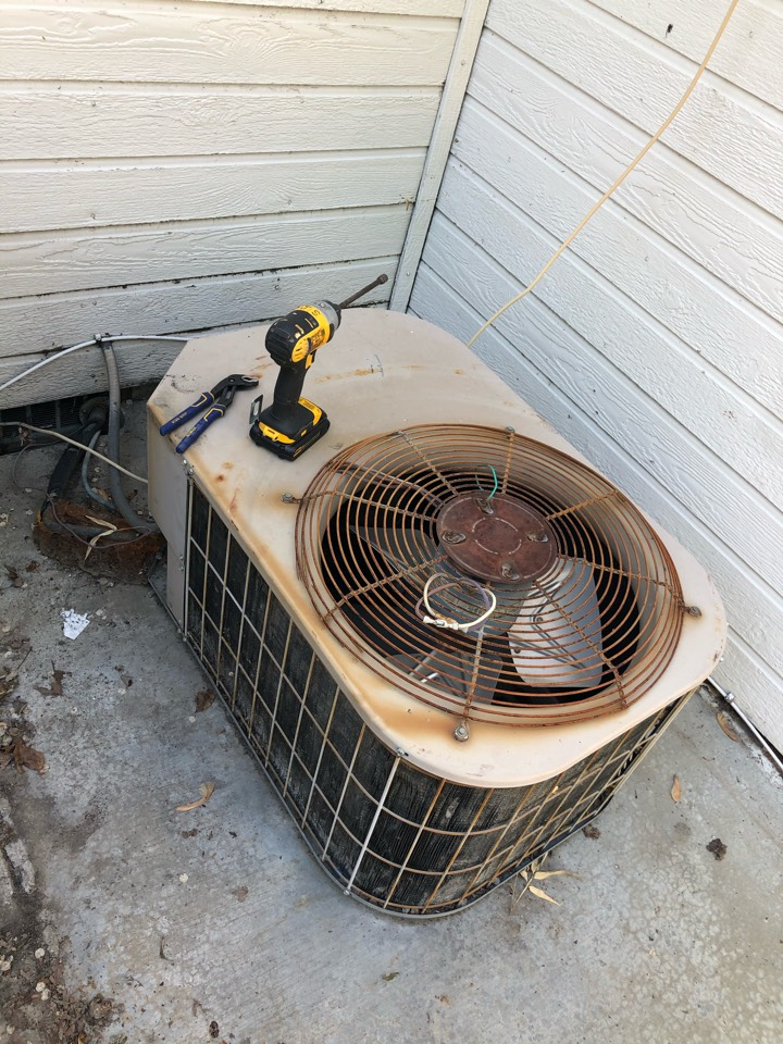 Meridian, ID - Diagnosed malfunctioning AC compressor