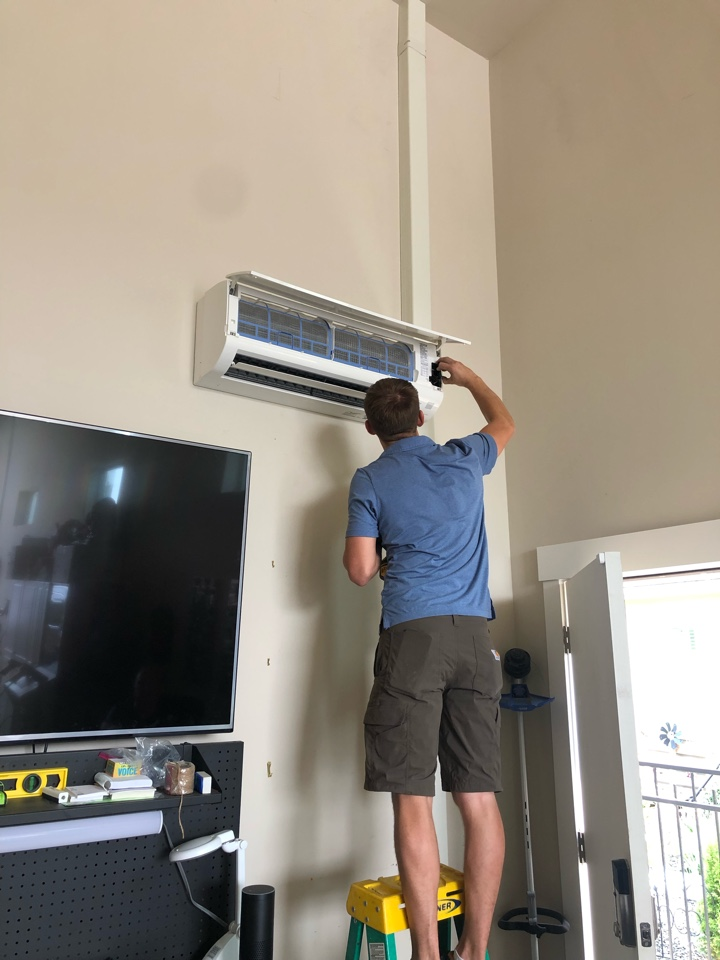 Eagle, ID - Installed a Mitsubishi ductless system for a customer in Eagle