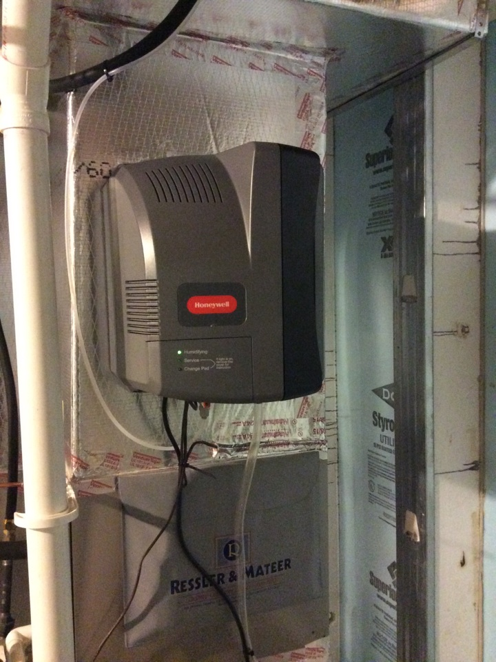 Mechanicsburg, PA - Honeywell fan powered humidifier installation