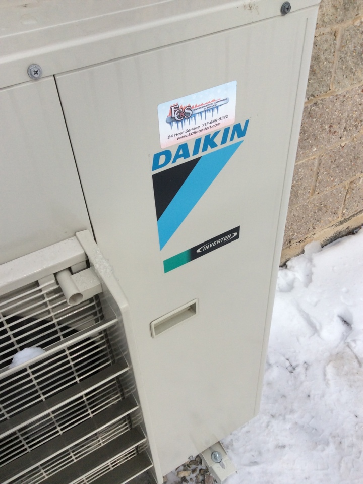 Lewisberry, PA - Diakin ductless heat pump repair Lewisberry