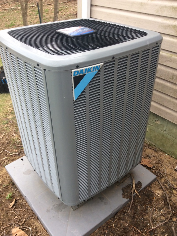 Manheim, PA - Spring service on Daikin heat pump