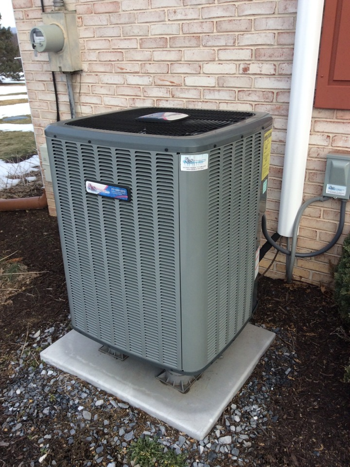 Manheim, PA - Service ECS Signature Series heat pump