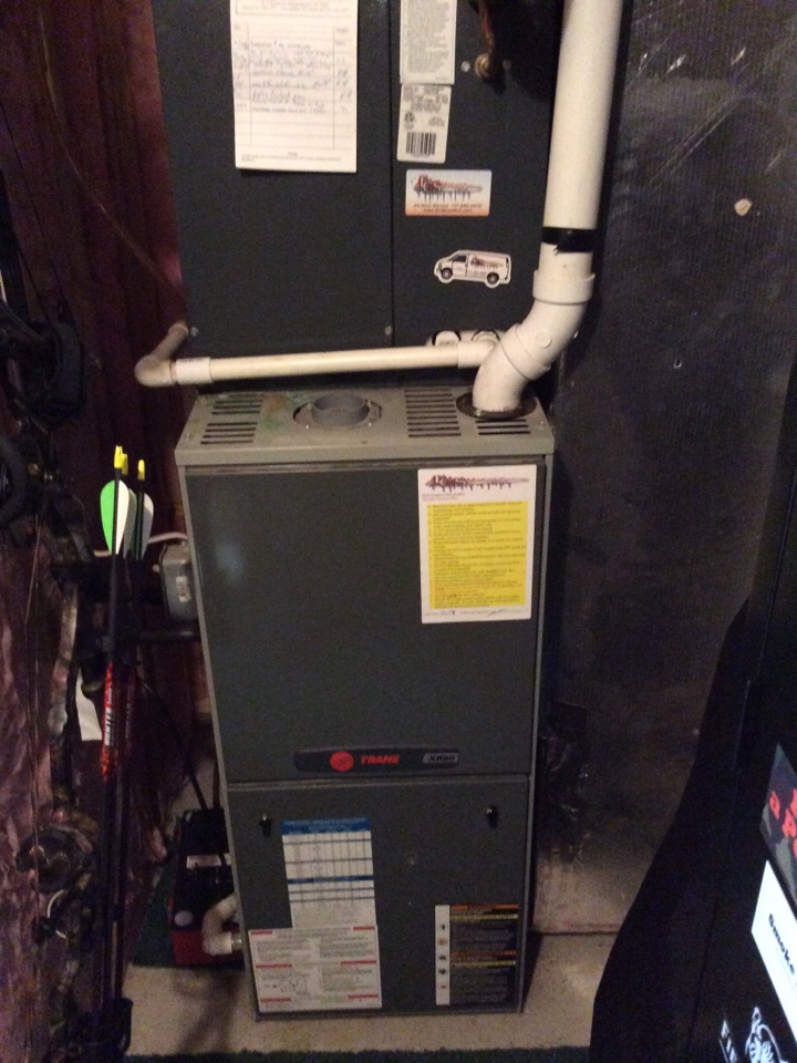 Fredericksburg, PA - Precision tune up on EC&S select series air conditioner