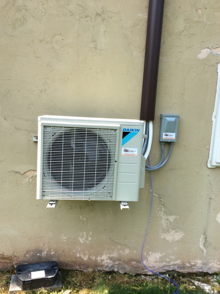 New Cumberland, PA - Repair Daikin mini split wire