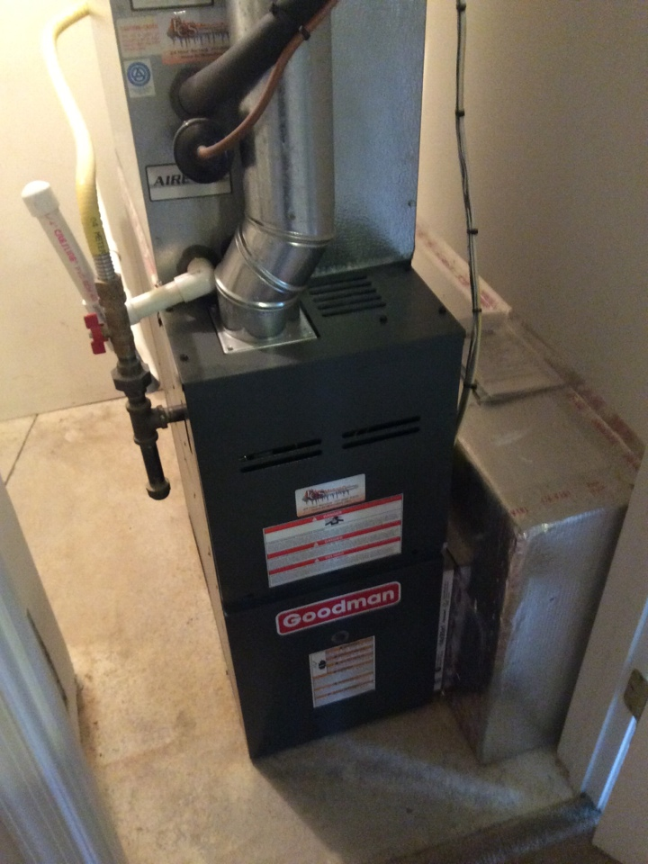 Mechanicsburg, PA - Gas furnace servicing maintenance tune up cleaning