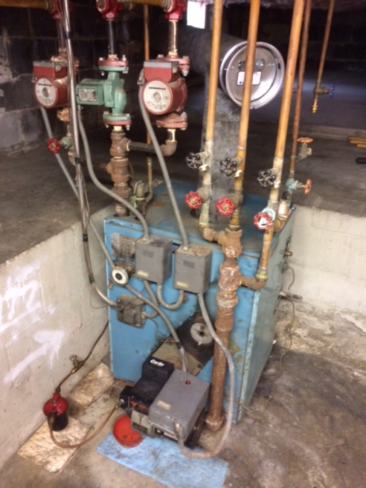 Lititz, PA - Oil furnace boiler servicing tune up preventive maintenance cleaning