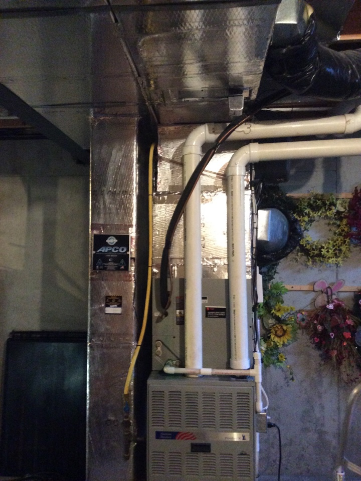 Annville, PA - Gas furnace servicing maintenance tune up cleaning