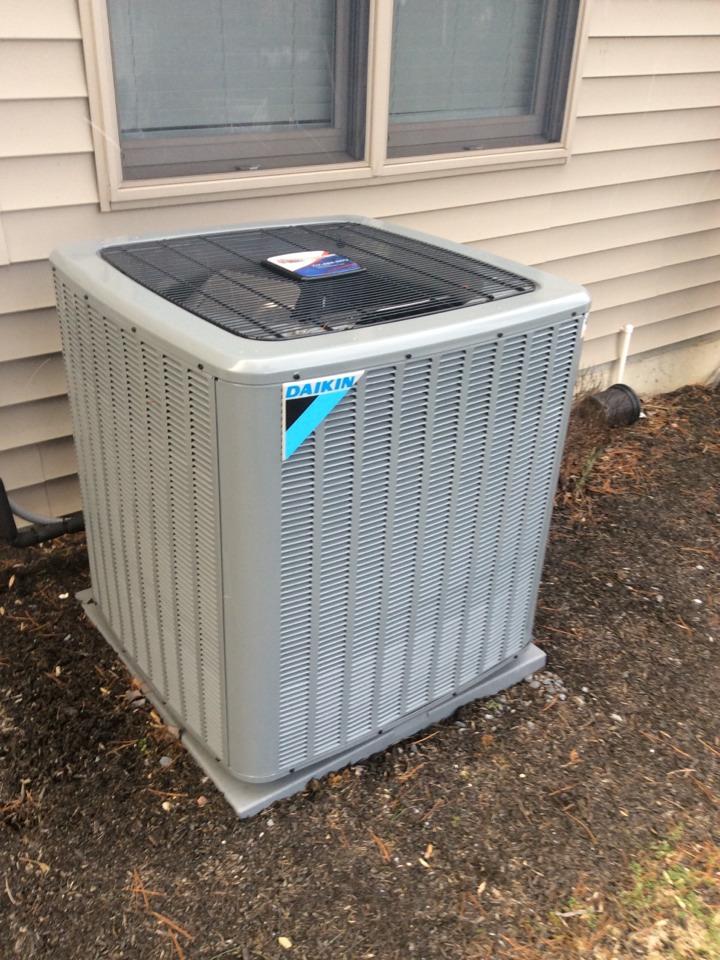 Elizabethtown, PA - Heat pump servicing and preventive maintenance