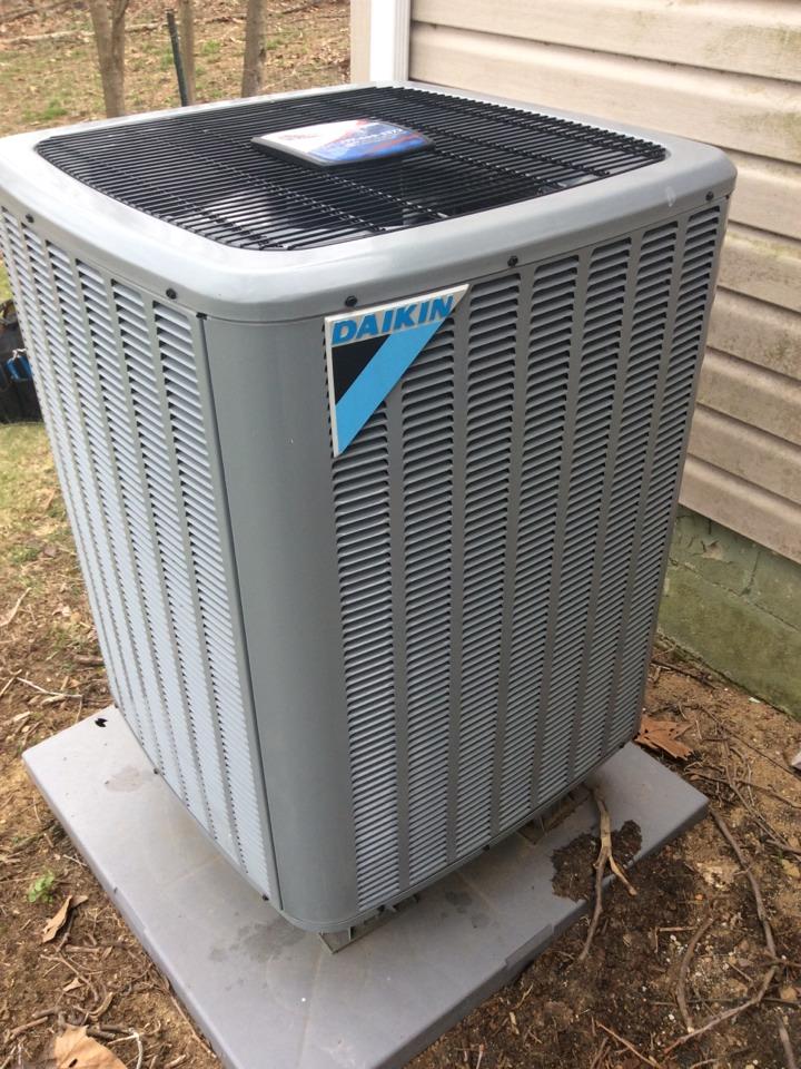 Mechanicsburg, PA - Heat pump servicing and preventive maintenance