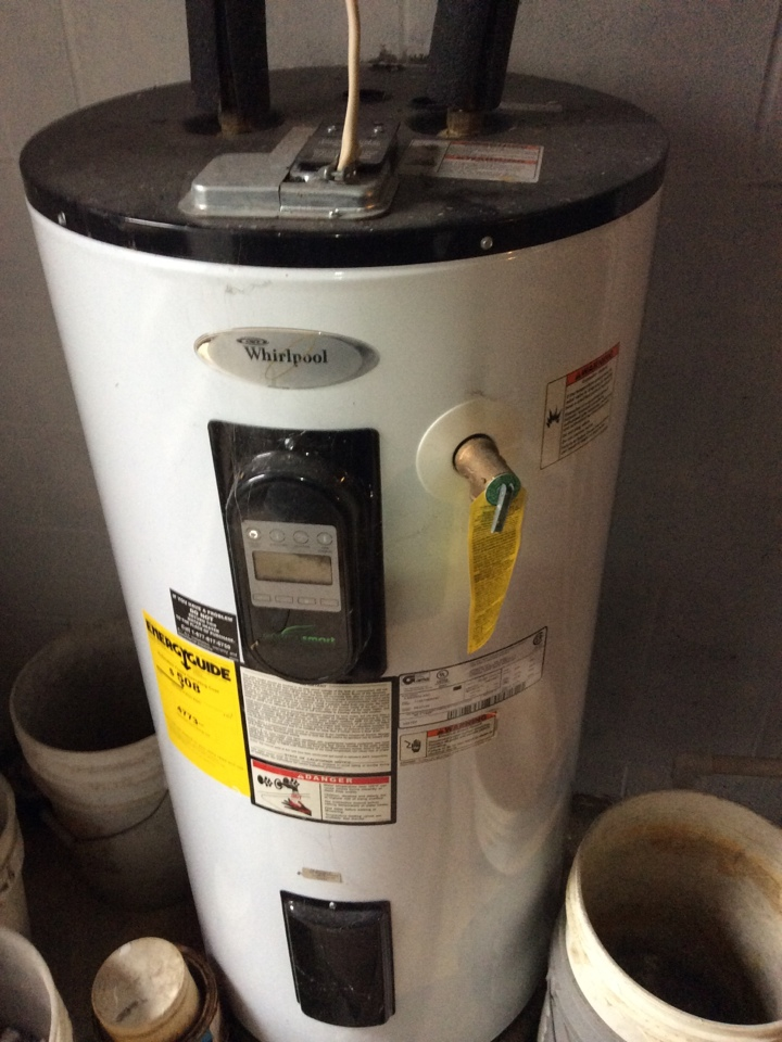 Hot water heater service and thermostat repair