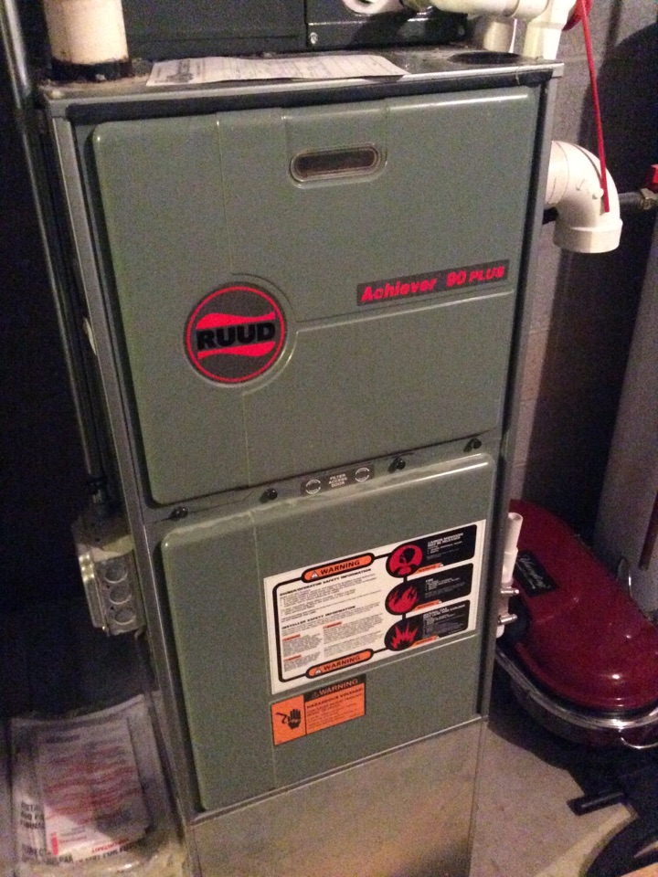 Gas furnace servicing maintenance tune up cleaning and repair