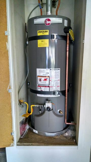 Upland, CA - Installed a new 40 gallon water heater for a customer that had no hot water.