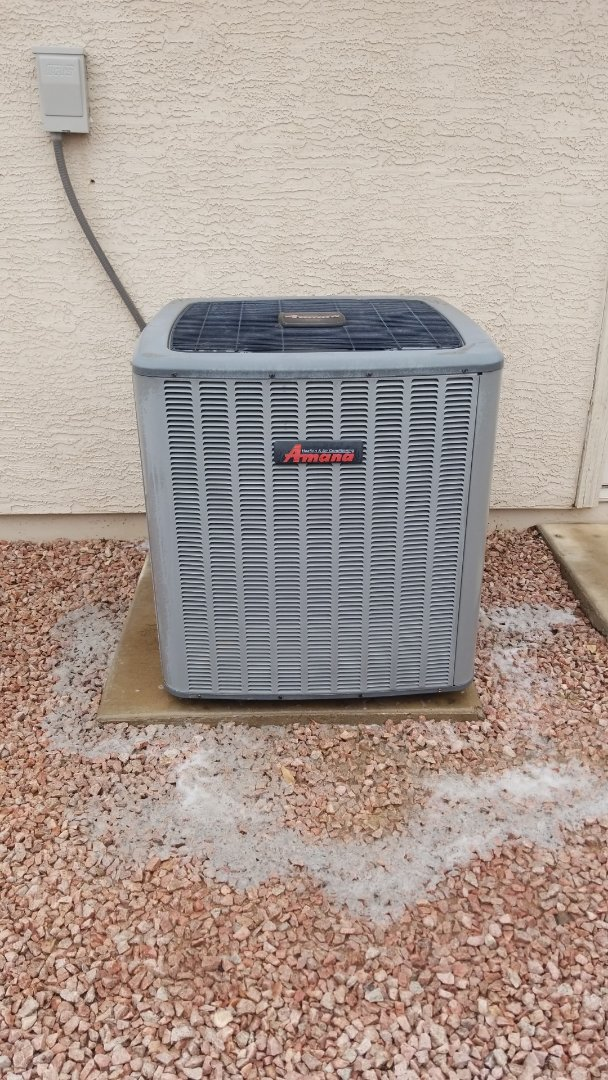 Peoria, AZ - Wonderful customer in Peoria. Working on a routine maintenance on his 18 seer Amana.