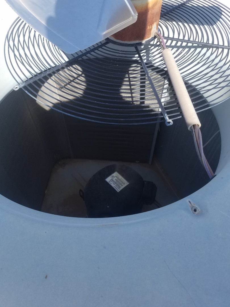 Litchfield Park, AZ - Doing a fan motor replacement on a Goodman package unit.
