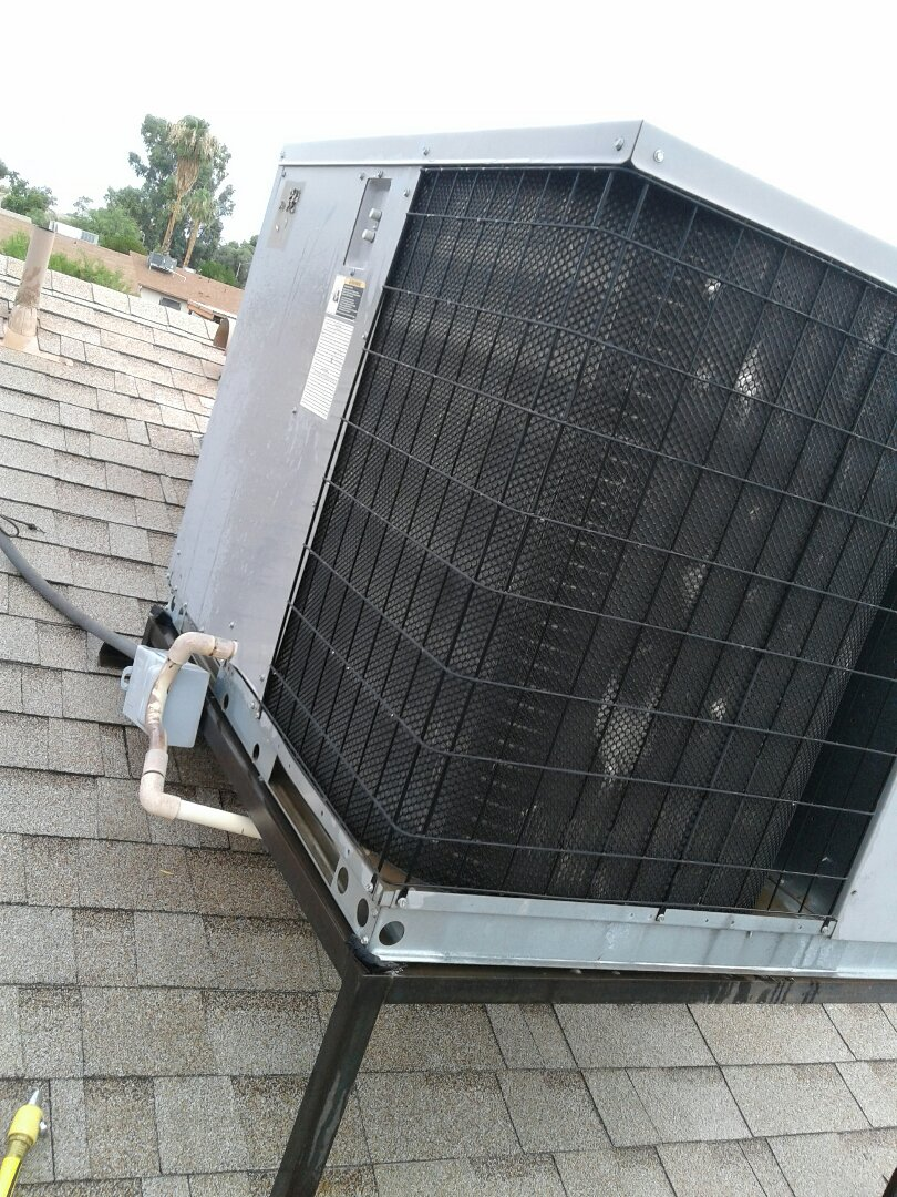 Glendale, AZ - Completing a Tune Up on an A/C unit in Glendale, Arizona.