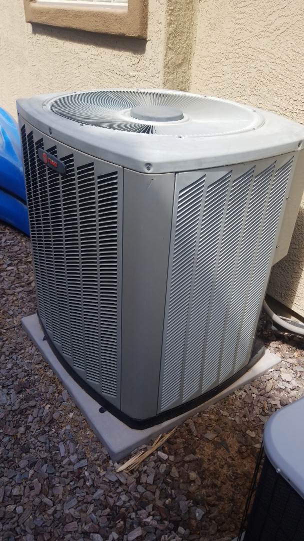 Chandler, AZ - Doing our initial preventative maintenance tune up and condenser coil cleaning for a new PMA member, who won a FREE year of maintenance at the Home and Garden Show, out here in Chandler Arizona.