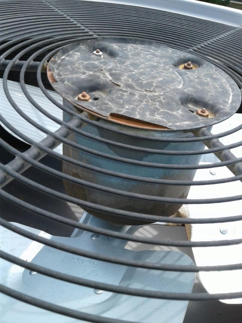 Chandler, AZ - Tune up on air conditioner in Chandler Arizona.