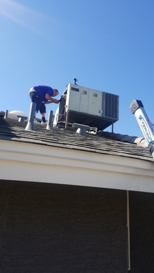 Chandler, AZ - Preforming a quality inspection on Trane package unit in Chandler, Arizona.