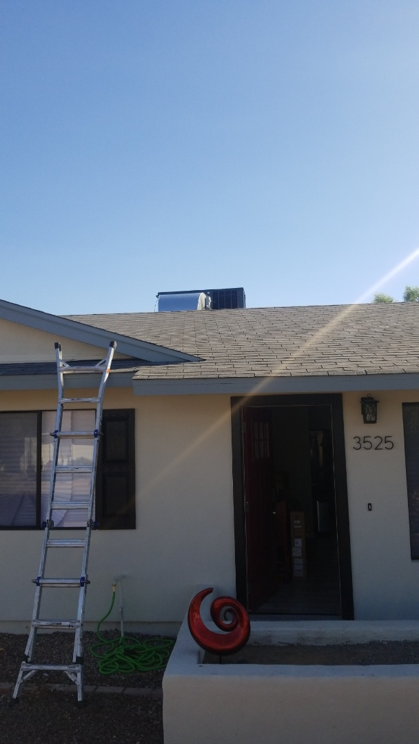 Phoenix, AZ - Installing a 5 ton Goodman Heat Pump package in Phoenix, Arizona.