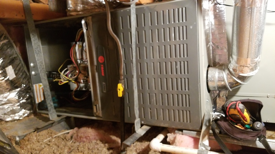 Glendale, AZ - Doing a preventive maintenance heat check in North Glendale, Arizona.