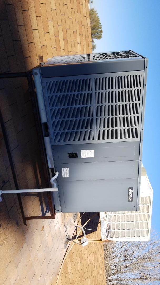 Glendale, AZ - Preventive maintenance on a Amana heat pump package unit in Glendale Arizona.