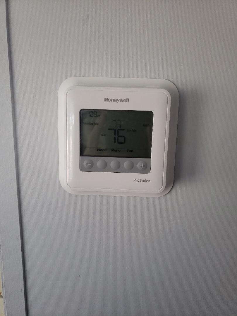 Queen Creek, AZ - Installed a Honeywell t4 pro in Queen Creek, Arizona.