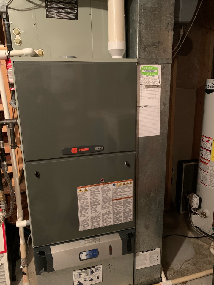 Mooresville, IN - 10 Year Old Trane Gas Furnace Fall Tune Up