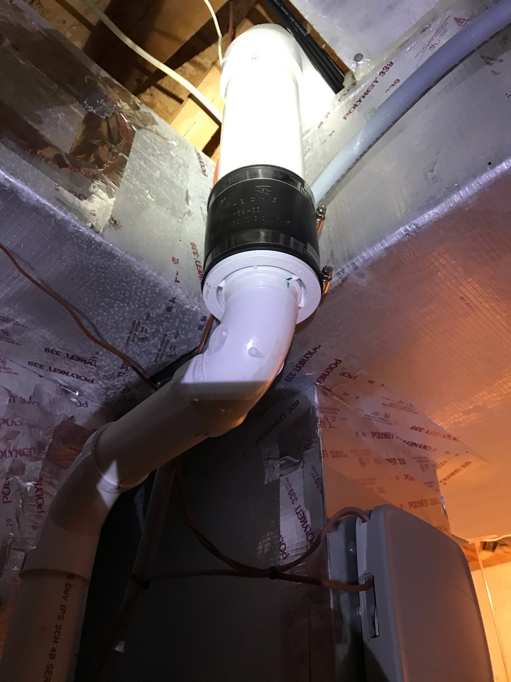 Pittsboro, IN - Repairing a American standard gas furnace flue pipe