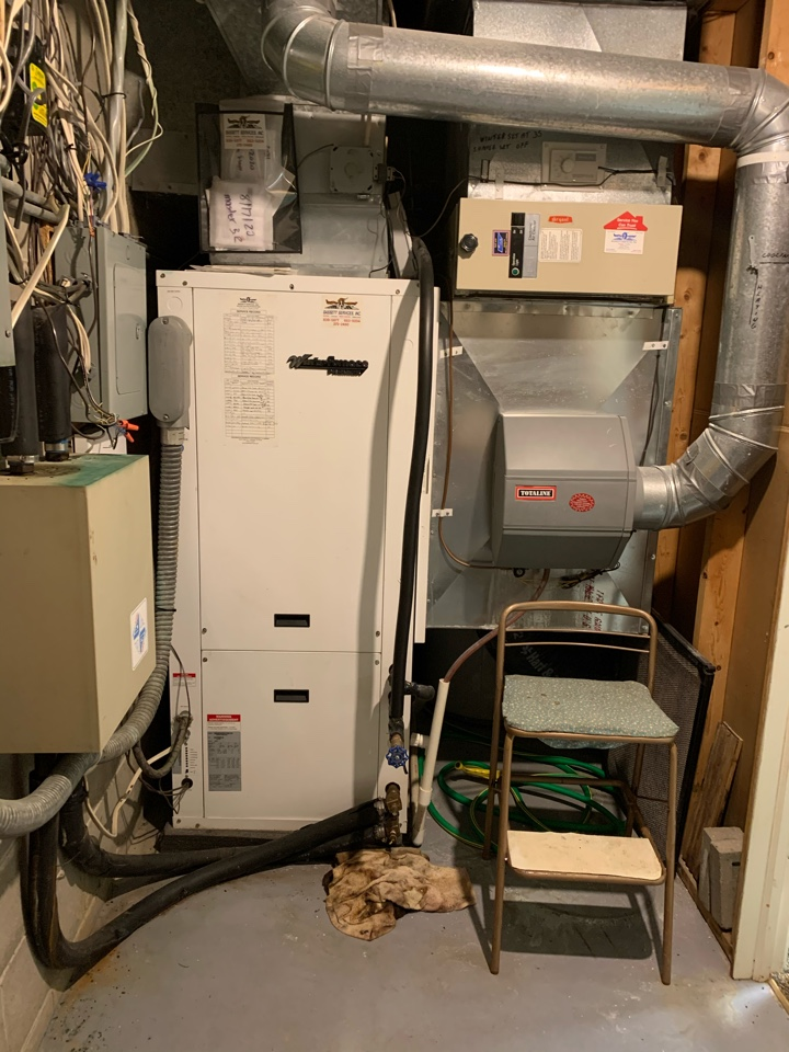 Zionsville, IN - Service call repair on a WaterFurnace geothermal unit.
