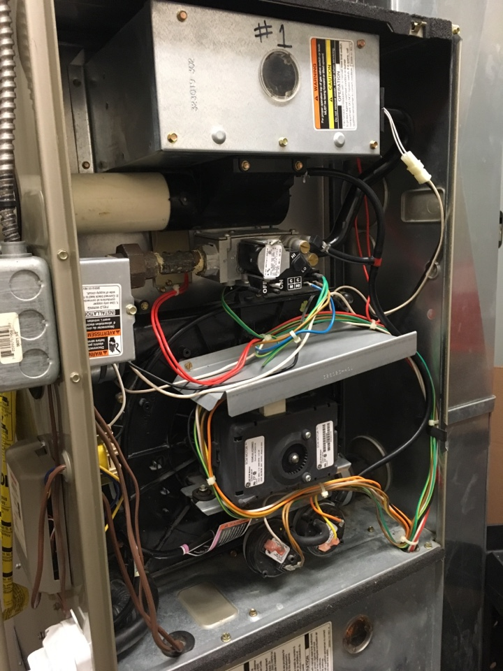 Greencastle, IN - Heating Maintenance Service Carrier Gas Furnace 16x25x1 Air Filter Replacement