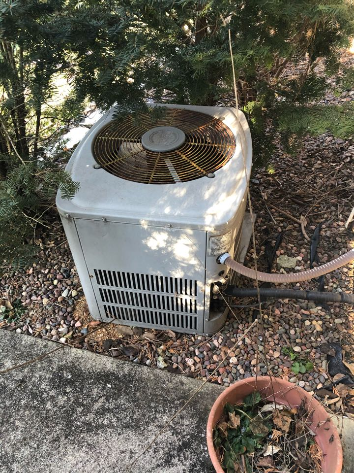 Fishers, IN - Estimate to replace trane trane and ac for bonus room, with option for ductless mini split
