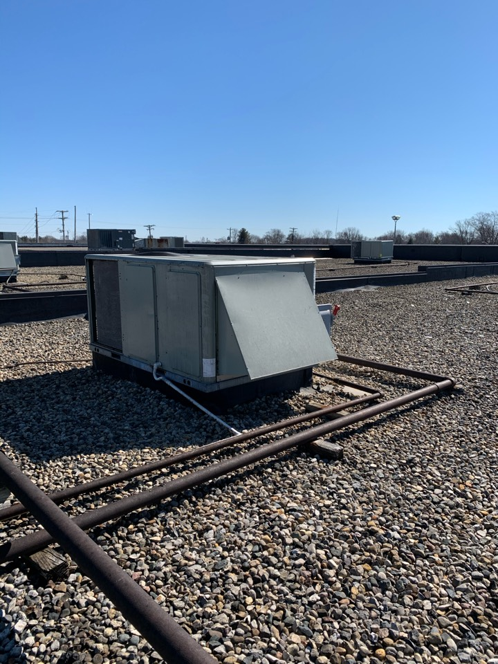 Brownsburg, IN - Service call repair on a American Standard rooftop unit.