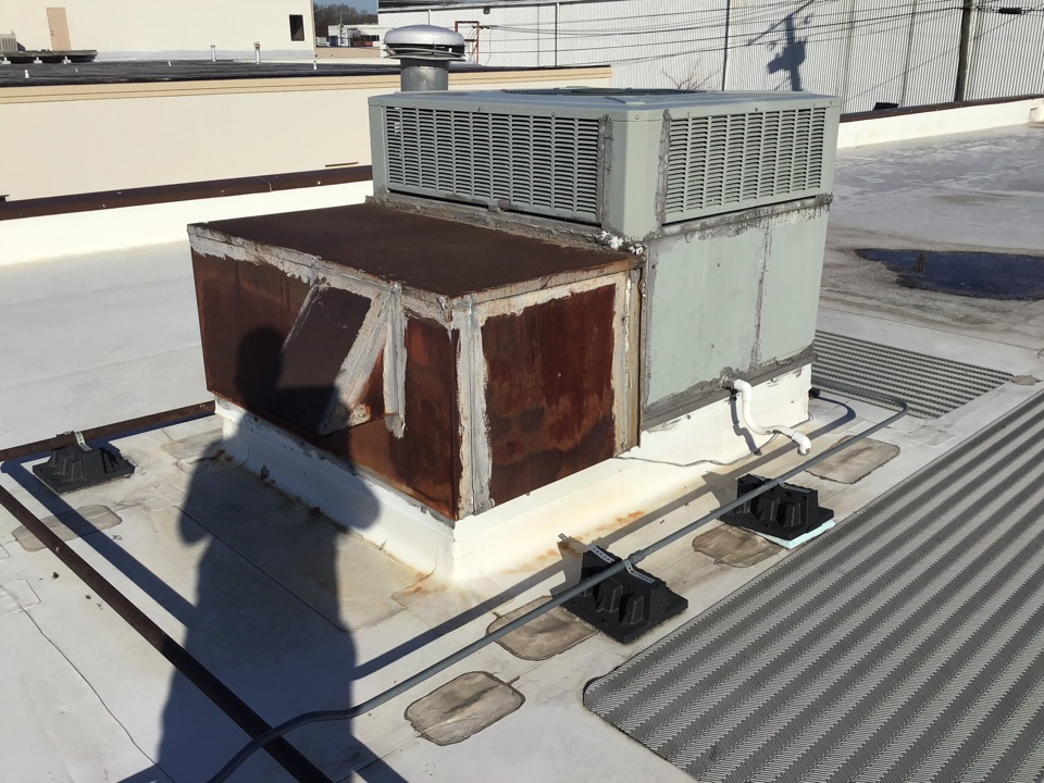Indianapolis, IN - Estimate on New Installation of American Standard Commercial Rooftop unit.